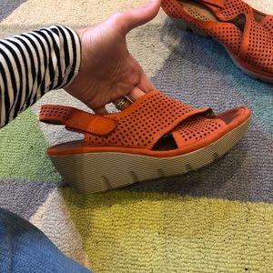 Clarks Artisan Tangerine Nubuxk Leather Platform